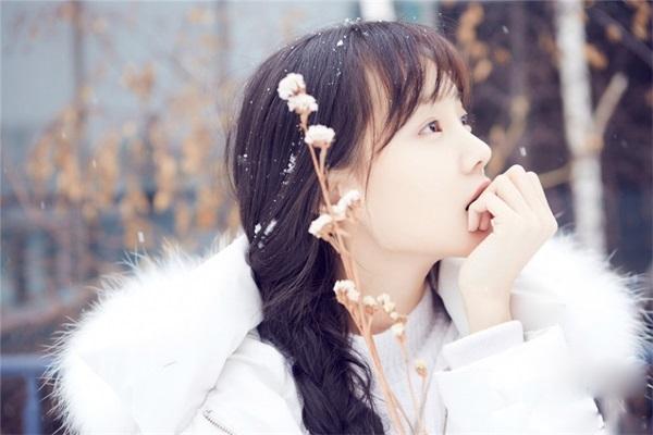 Chiêm ngưỡng vẻ đẹp thuần khiết, đáng yêu của Lý Nhất Đồng - 11