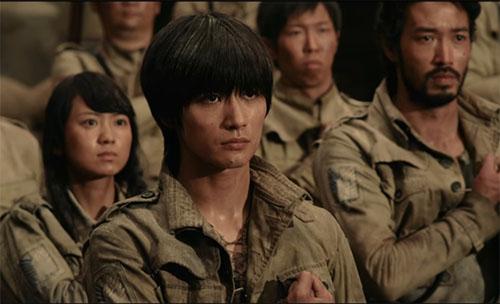 Cảnh trong phần 1 của phim Đại chiến Titan - 2