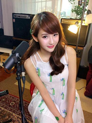 Ngắm hot girl trà sữa Malaysia Joyce Chu cực kỳ đáng yêu - 17