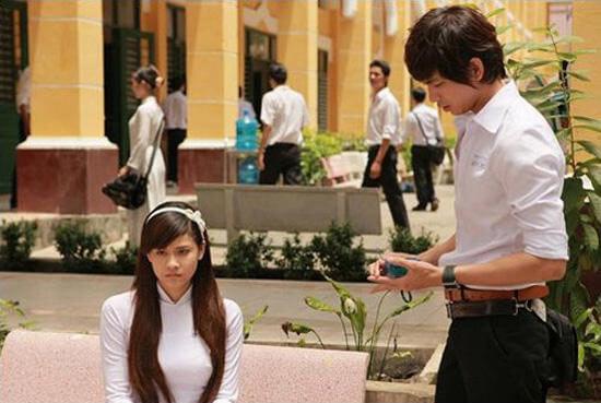 Cảnh trong phim Bóng ma học đường