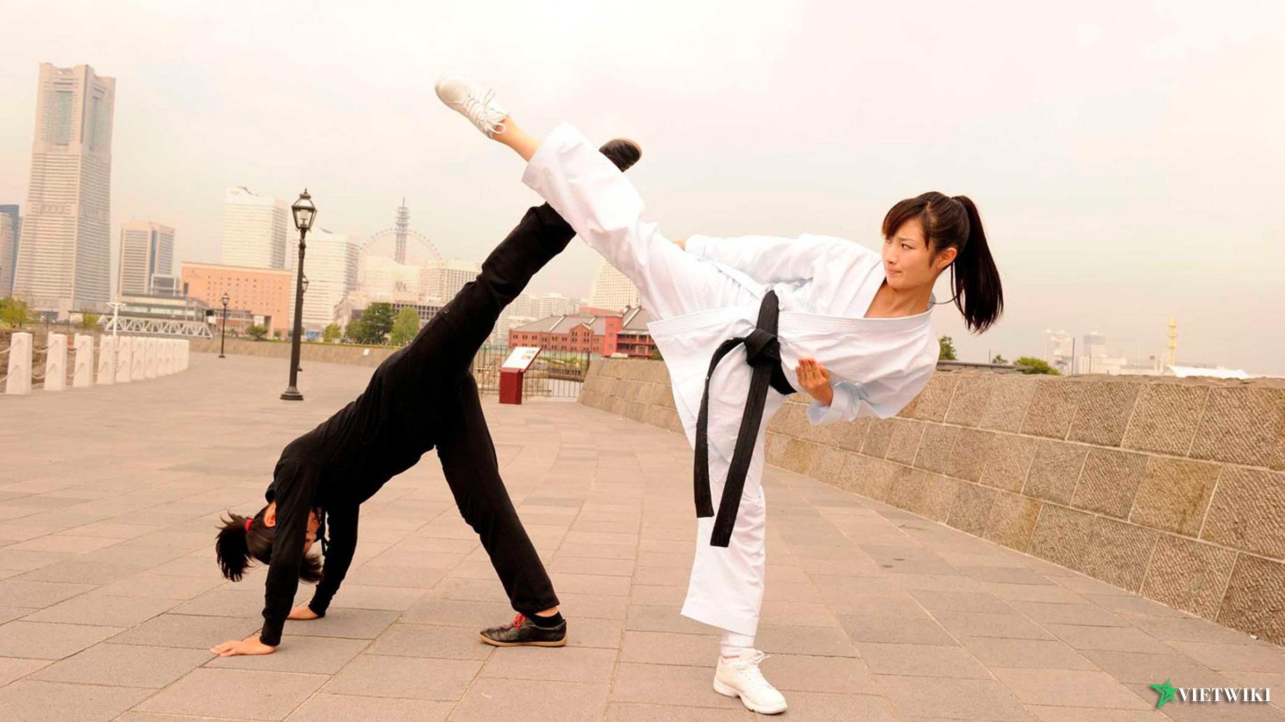Cảnh trong phim Cô Gái Karate - 2