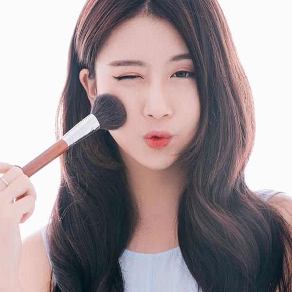 Ngắm hot girl Quỳnh Anh Shyn cực kỳ xinh xắn và dễ thương - 1