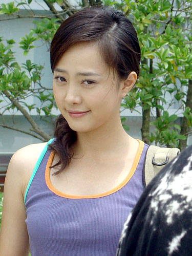 Ngắm vẻ đẹp ngọt ngào, thanh lịch của Lưu Viên Viên - 4