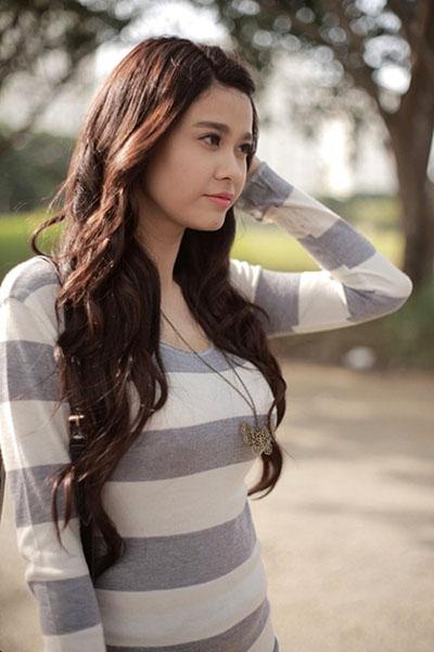Ngắm vẻ đẹp quyến rũ của Trương Quỳnh Anh - 15
