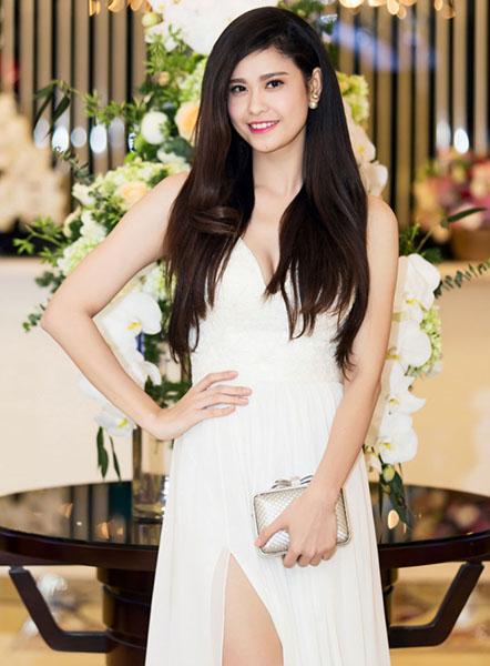 Ngắm vẻ đẹp quyến rũ của Trương Quỳnh Anh - 19