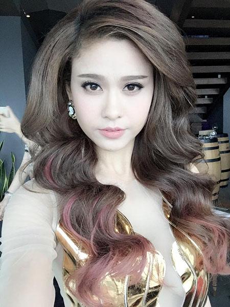 Ngắm vẻ đẹp quyến rũ của Trương Quỳnh Anh - 9