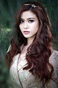 Ngắm vẻ đẹp quyến rũ của Trương Quỳnh Anh