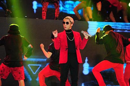Sơn Tùng M-TP trong chương trình The Remix - Hòa âm Ánh sáng