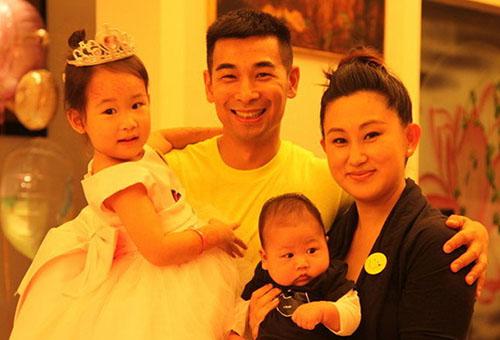 Gia đình Triệu Văn Trác