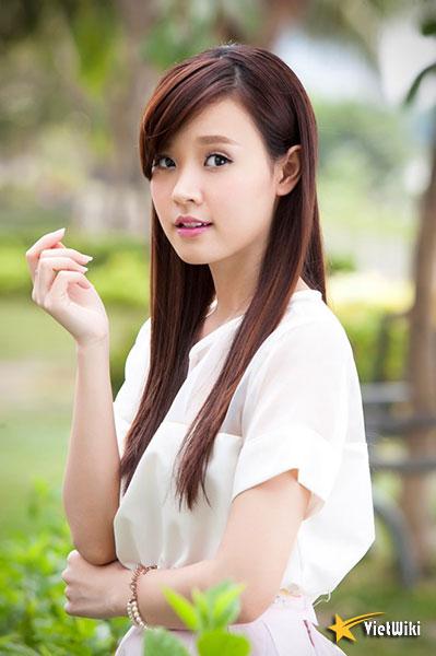 Ngắm vẻ đẹp không tì vết của Hot girl Midu - 11
