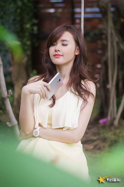 Ngắm vẻ đẹp không tì vết của Hot girl Midu - 14