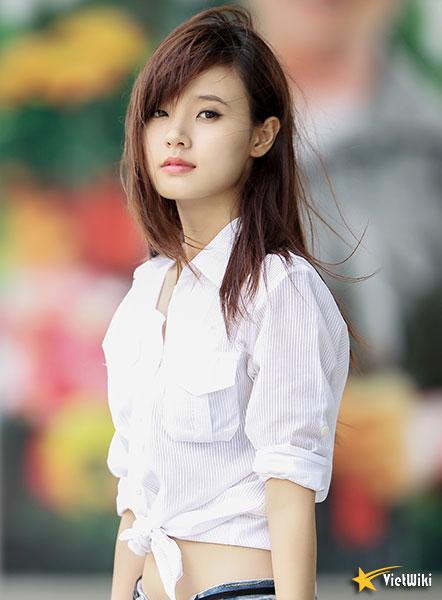 Ngắm vẻ đẹp không tì vết của Hot girl Midu - 18