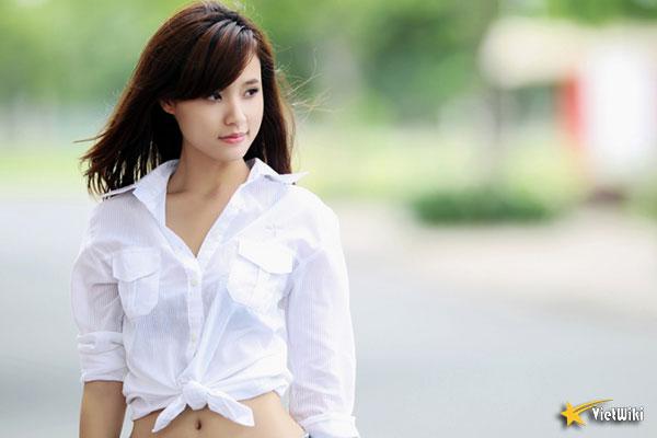 Ngắm vẻ đẹp không tì vết của Hot girl Midu - 19