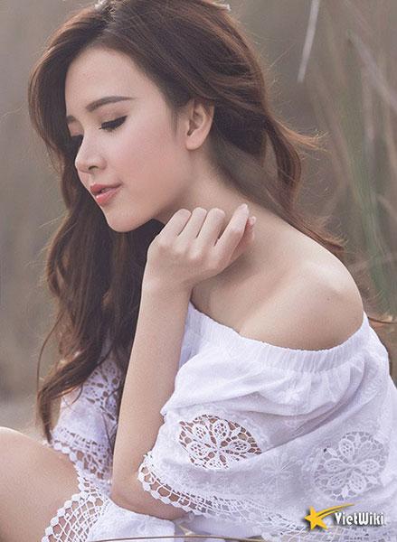Ngắm vẻ đẹp không tì vết của Hot girl Midu - 3