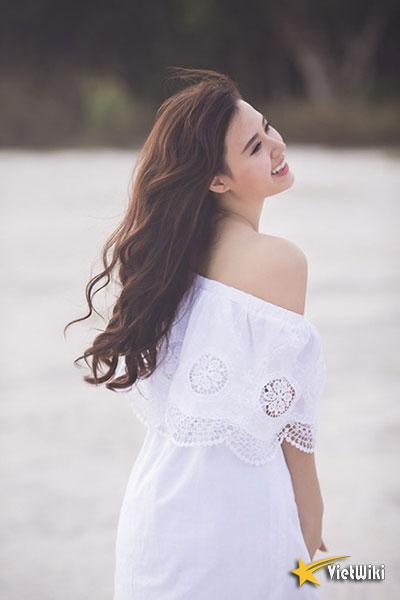 Ngắm vẻ đẹp không tì vết của Hot girl Midu - 4