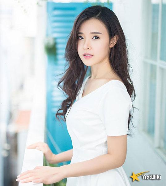 Ngắm vẻ đẹp không tì vết của Hot girl Midu - 7