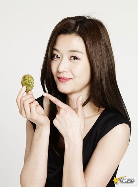 Ngắm vẻ đẹp không tuổi của Jun Ji Hyun - 12