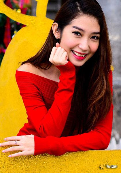 Ngắm vẻ đẹp nhí nhảnh và dễ thương của cô bé Dâu Tây Khổng Tú Quỳnh - 2