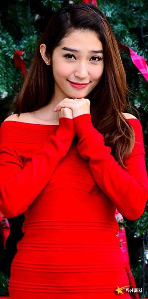 Ngắm vẻ đẹp nhí nhảnh và dễ thương của cô bé Dâu Tây Khổng Tú Quỳnh - 4