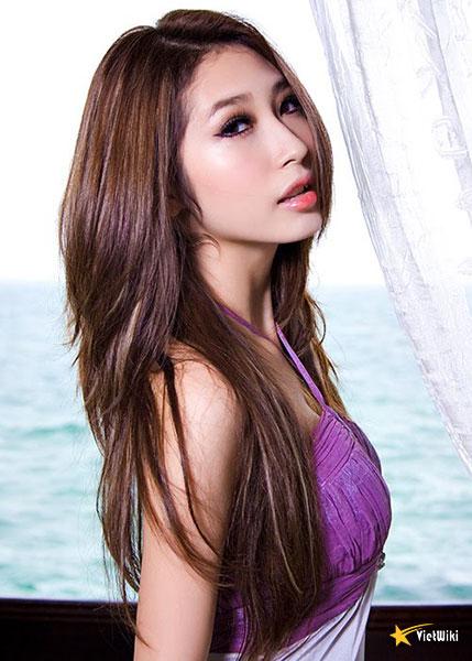 Ngắm vẻ đẹp nhí nhảnh và dễ thương của cô bé Dâu Tây Khổng Tú Quỳnh - 8