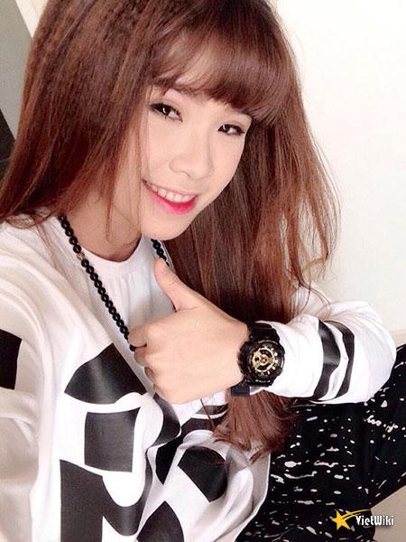 Vẻ đẹp cực kỳ đáng yêu và dễ thương của ca sĩ Khởi My - 12