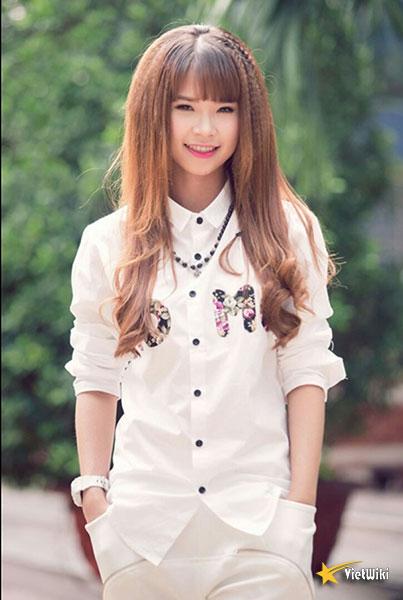 Vẻ đẹp cực kỳ đáng yêu và dễ thương của ca sĩ Khởi My - 14