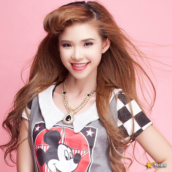 Vẻ đẹp cực kỳ đáng yêu và dễ thương của ca sĩ Khởi My - 17