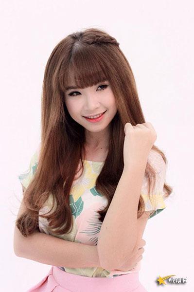 Vẻ đẹp cực kỳ đáng yêu và dễ thương của ca sĩ Khởi My - 2