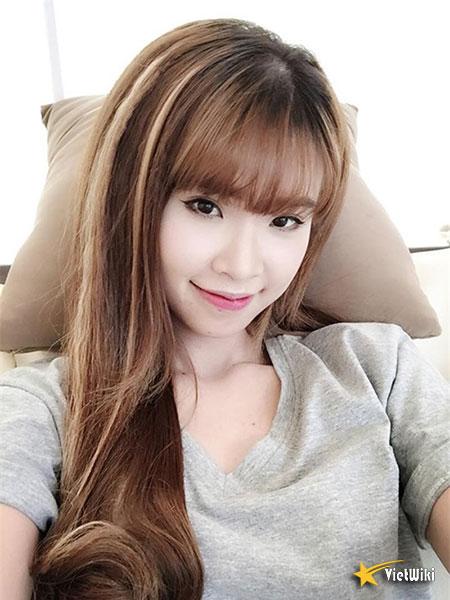 Vẻ đẹp cực kỳ đáng yêu và dễ thương của ca sĩ Khởi My - 4