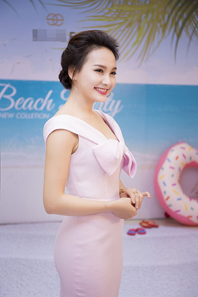 Ngắm nàng dâu Minh Vân - Bảo Thanh xinh đẹp ngoài đời thực - 16