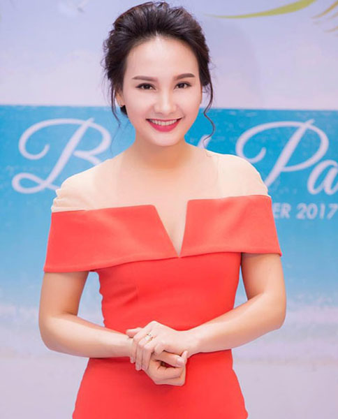 Ngắm nàng dâu Minh Vân - Bảo Thanh xinh đẹp ngoài đời thực - 19