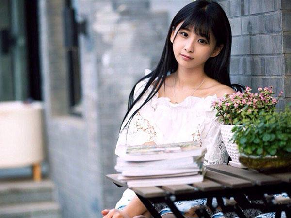 Ngắm vẻ đẹp ngọt ngào và tinh khiết của diễn viên Trung Quốc Thích Lam Duẫn - 8