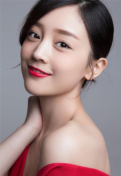 Ngắm vẻ đẹp ngọt ngào và thuần khiết của Hà Hoa - 10