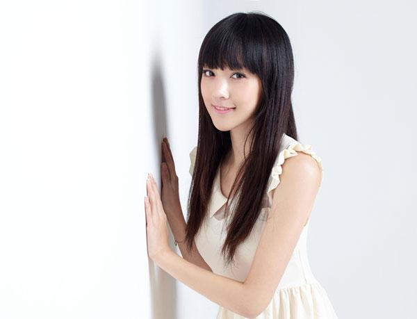 Ngắm vẻ đẹp ngọt ngào và thuần khiết của Hà Hoa - 15