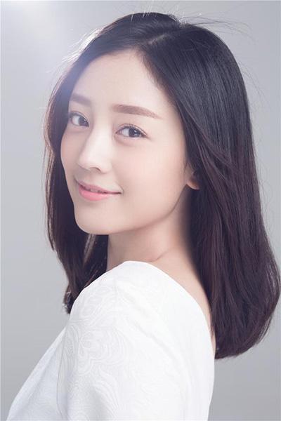 Ngắm vẻ đẹp ngọt ngào và thuần khiết của Hà Hoa - 19