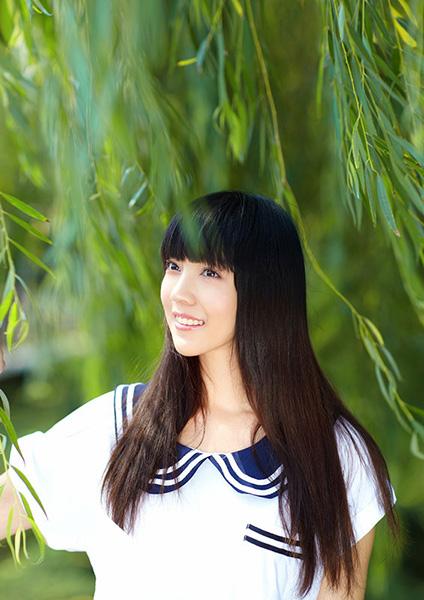 Ngắm vẻ đẹp ngọt ngào và thuần khiết của Hà Hoa - 3