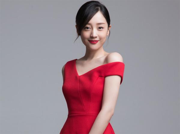 Ngắm vẻ đẹp ngọt ngào và thuần khiết của Hà Hoa - 7