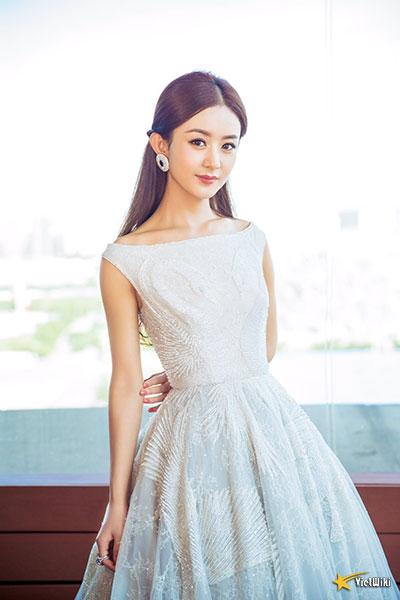 Ngắm vẻ đẹp trẻ thơ, dễ thương và đáng yêu của Triệu Lệ Dĩnh - 13
