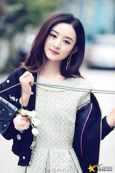 Ngắm vẻ đẹp trẻ thơ, dễ thương và đáng yêu của Triệu Lệ Dĩnh - 20
