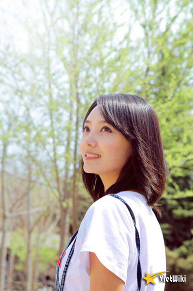 Ngắm vẻ đẹp nhẹ nhàng và tinh khiết của Lâm Nguyên - 10