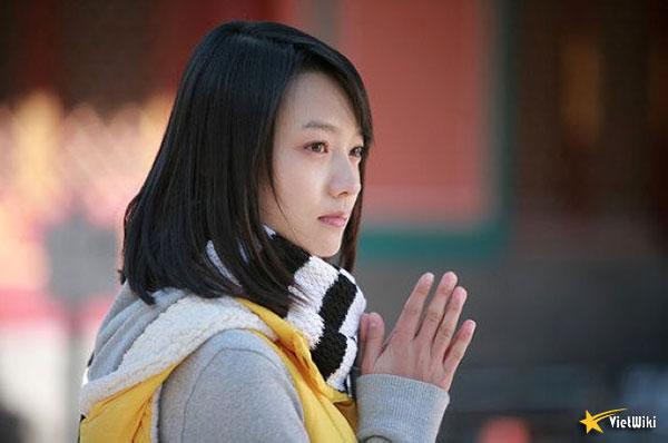Ngắm vẻ đẹp nhẹ nhàng và tinh khiết của Lâm Nguyên - 8